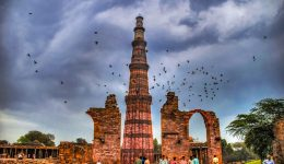 Qutub_Minar_landmark-of-delhi